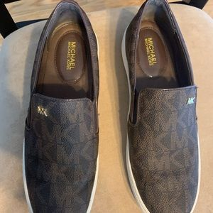 Michael Kors slip on sneakers - size 7